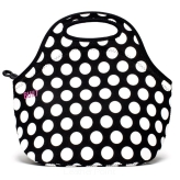 Torebka na lunch marki BUILT wzór Gourmet Getaway Lunch Tote, Big Dot